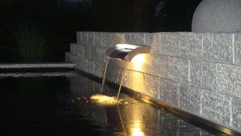 Le larmier du bassin de nuit
