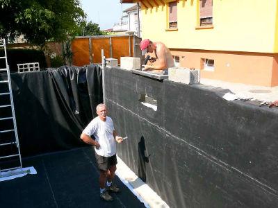 Construction d 39 un bassin koi chez koiconnect for Bache de bassin qui fuit