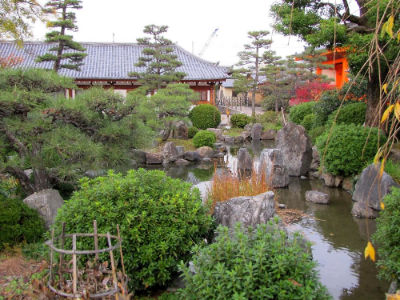 Le bassin du temple de Sanjusangen-do
